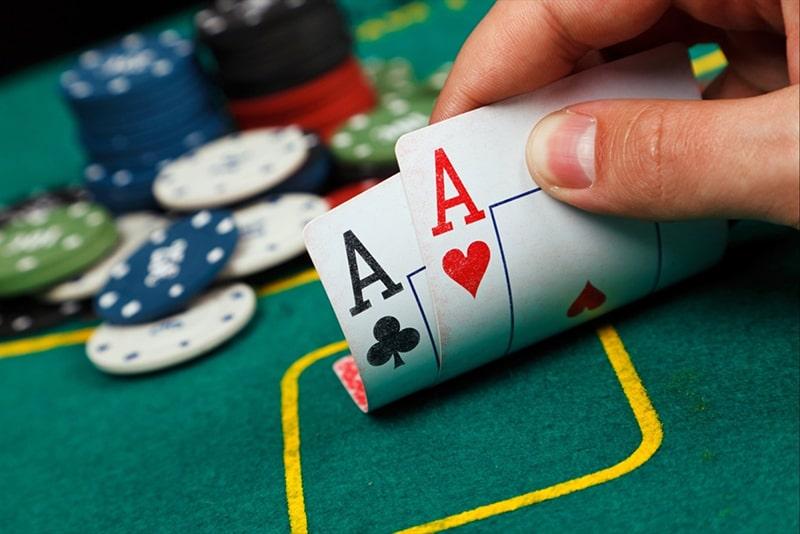 domino poker qq